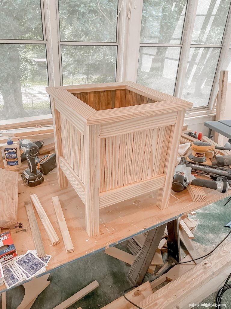This Is a progress image of the wood planter and it has all 4 sides done